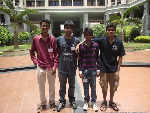IOI 2013 Team Photo